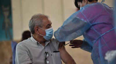 Vacunación contra el Covid-19 en Córdoba: cómo se distribuirán las nuevas dosis