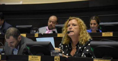"""Una legisladora presentó un proyecto repudiando """"el destrato a profesionales y afiliados al IOMA"""""""