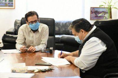 Ishii recibió la visita del ministro Simone y juntos firmaron convenios