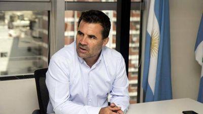 El puerto regasificador de Escobar recibirá 24 cargamentos de GNL