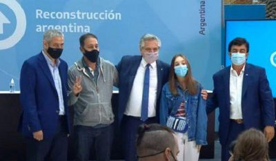 El presidente Alberto Fernández entregó viviendas del ProCreAr a vecinos de Ciudad Evita
