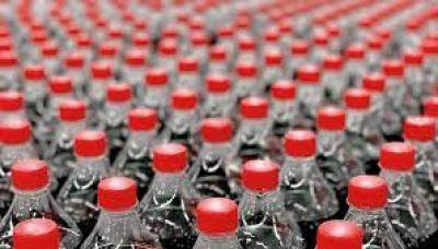 El impuesto en bebidas azucaradas reduce el consumo de colas y refrescos, según estudio de UIC Barcelona