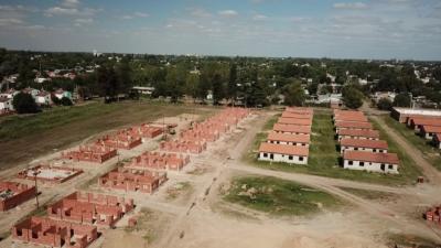 Avanza a buen ritmo la obra de 300 viviendas en José C. Paz
