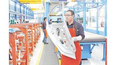 Industria nacional: más de la mitad de los autopartistas proyecta crecer en 2021