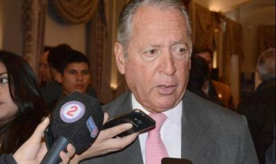 Funes de Rioja volvió a defender a la patronal ante los controles estatales