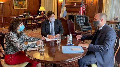 Guzmán vuelve con el aval técnico del FMI, pero sin definir plazos