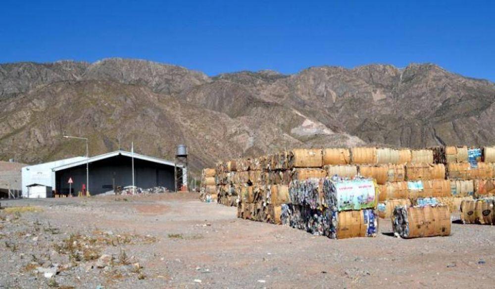 Ambiente vendió más de 343.323 kilos de materiales recuperados
