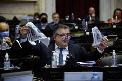 Oficialismo y oposición se cruzaron en Diputados por Insfrán, DD.HH. y vacunación