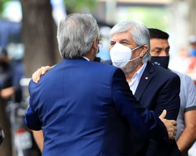 Ante la emergencia sanitaria regional por las nuevas cepas, Moyano le pidió a Alberto que vacunen a los camioneros que viajan al exterior