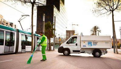 Urbaser limpiará y recogerá los residuos de Sant Andreu, Sant Martí y de las playas de la ciudad de Barcelona