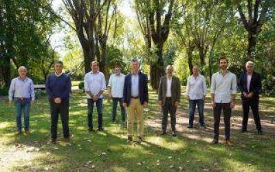 """Reunión entre Mauricio Macri y los intendentes del grupo """"Dorrego"""""""