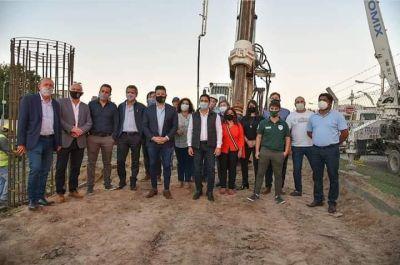 El intendente Menéndez inauguró el inicio de obras del puente de Padua