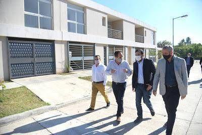 Fernando Moreira y Jorge Ferraresi entregaron nuevas viviendas Procrear en San Martín