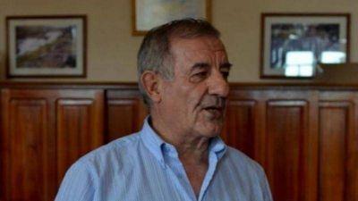 Cruz del Eje: Despiden los restos del ex intendente Francisco Alberto Esteban