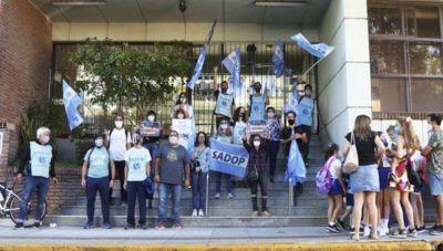 El sindicato de docentes privados denunció a colegio porteño por irregularidades y persecución sindical