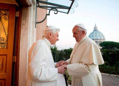 Benedicto XVI, «encantado» con el año de san José declarado por el Papa