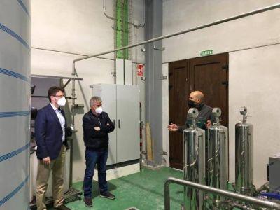 La producción de la planta embotelladora de Somiedo arrancará a mediados de mes