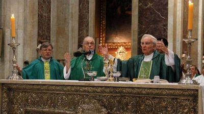 Luego de 22 años como arzobispo, Ñáñez adelantó la transición en la Iglesia