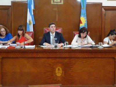 Demandaron al Concejo Deliberante por no pagar los honorarios de su abogada en la causa por las bonificaciones docentes