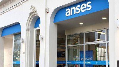 Los trabajadores de la Anses y del PAMI deberán volver a trabajar desde las oficinas