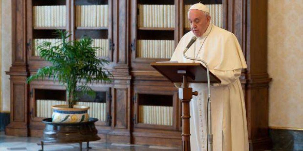 Papa Francisco en Lunes del Ángel: No nos cansemos nunca de buscar a Cristo resucitado