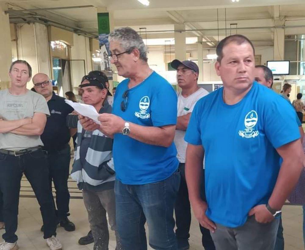 Santiago Vera denunció aprietes a los trabajadores municipales por parte del Ejecutivo