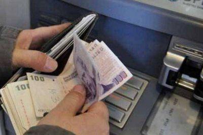 El Gobierno prepara una suba del salario mínimo