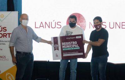 Grindetti presentó el Registro Municipal de Clubes y subsidios por más de 20 millones de pesos