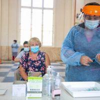 Covid: este jueves inicia la vacunación a mayores de 60 sin comorbilidades