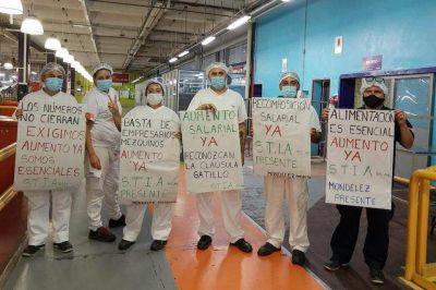 Caravana y bocinazo de los trabajadores de la alimentación