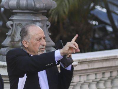 Cachanosky comparó las medidas de Alberto con las de la última dictadura y Yasky lo tildó de «pelotudo»