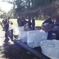 Jornada de reciclaje de basura en el Parque de la Salud