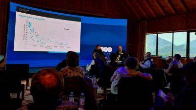 Los une el espanto: el kirchnerismo duro y los empresarios más influyentes de la Argentina exploran juntos una salida a la crisis