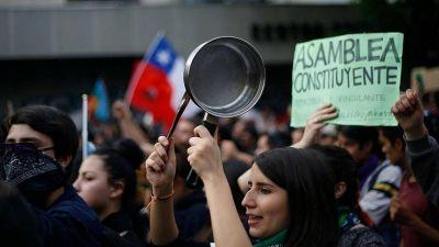 Desafíos en materia laboral y social en la Convención Constitucional de Chile