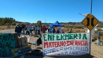 Manifestaciones de apoyo a trabajadores de salud en todo Neuquén