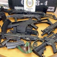 Lanús presentó un proyecto de ley para incorporar la figura de réplica de arma de fuego al Código Penal
