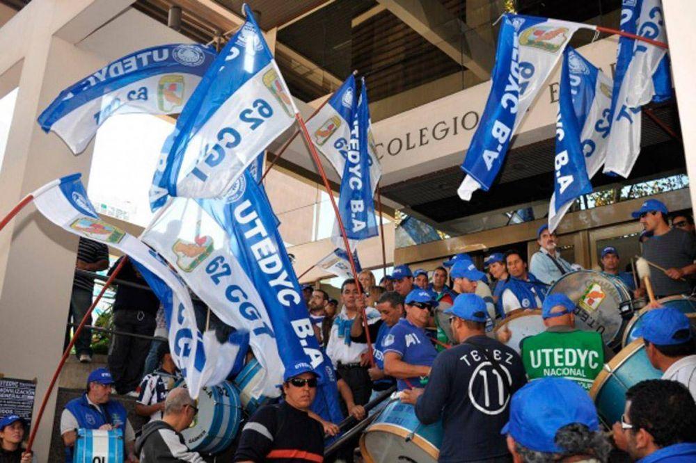 Utedyc logró un aumento salarial del 30% para trabajadores de clubes de AFA