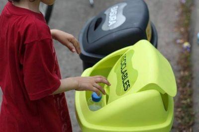 Los residuos que separamos en nuestras casas llegan a los Centros Verdes y vuelven al circuito productivo para ser reutilizados