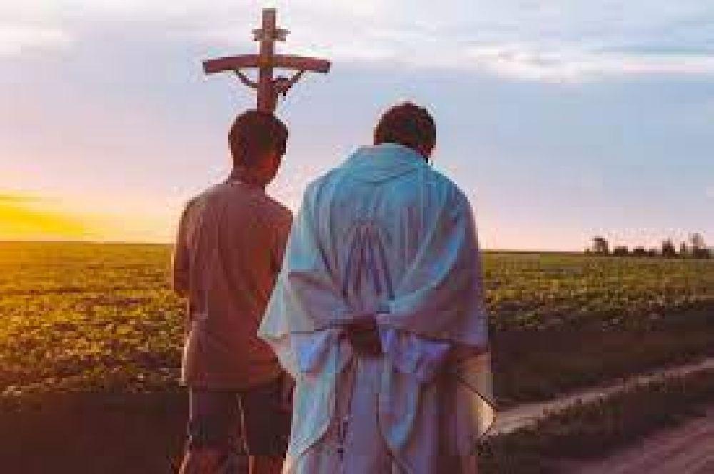Vaticano realizará simposio internacional sobre el sacerdocio