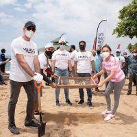 Sistema Coca-Cola realiza jornada de limpieza en playa Güibia