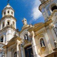 ¿Por qué hay un barrio de San Telmo en Buenos Aires?