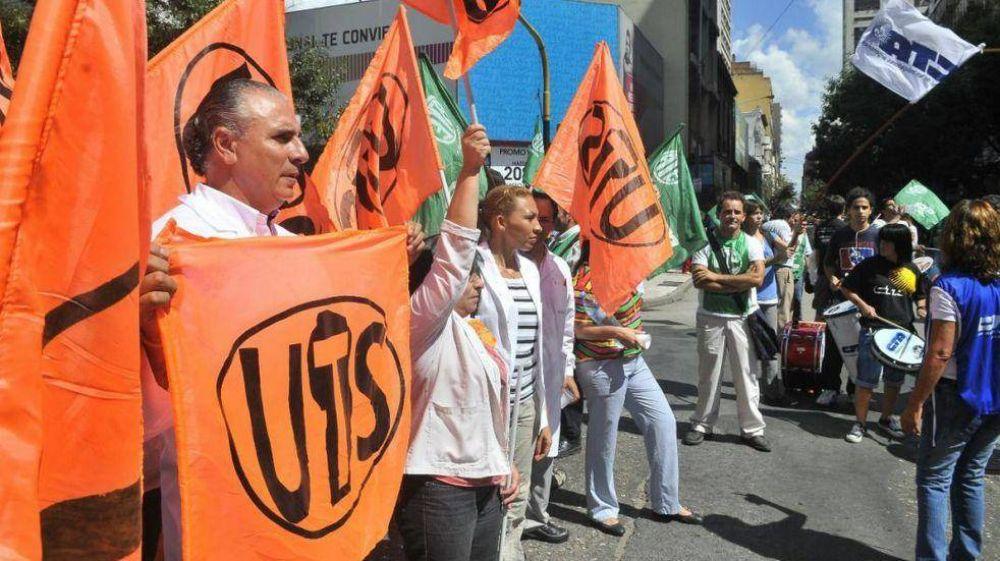 Córdoba: cruces entre gremios por reincorporados y cesanteados