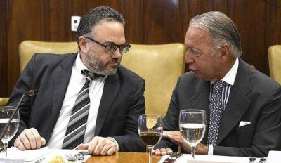 Duro cruce entre Matías Kulfas y el titular de la COPAL