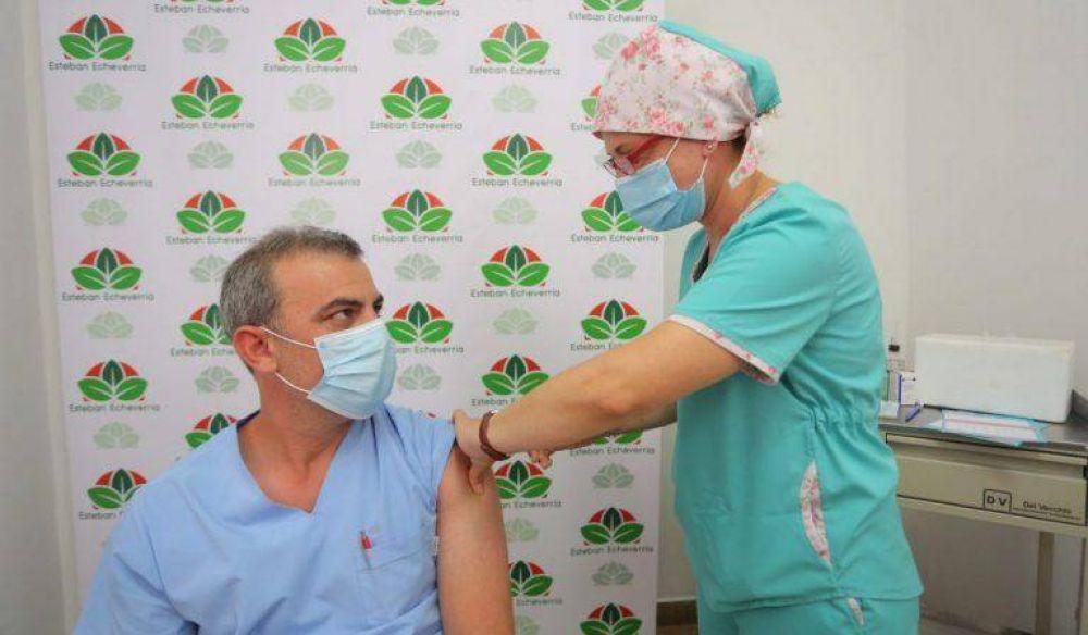 Gray incorporó profesionales de la salud en Esteban Echeverría