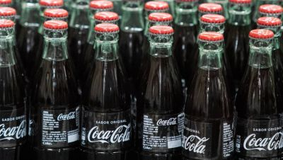 Coca-Cola EP completa la compra por 6.000 millones de Amatil tras el visto bueno de sus accionistas