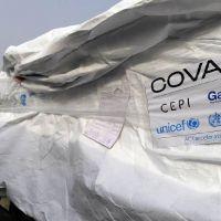 Llegaron al país 864 mil dosis de vacunas contra el coronavirus del Fondo Covax