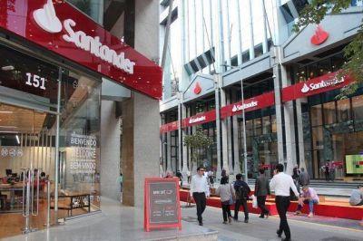 Banco Santander Chile obtiene sello 'Cero Residuos' en sus edificios centrales