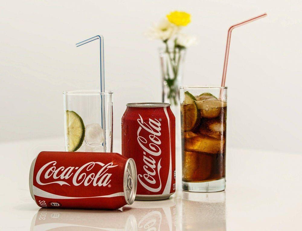 Coca-Cola cambia el diseño de sus latas