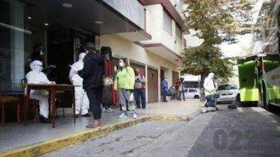 Colapso sanitario: disponen 100 camas extrahospitalarias en 3 hoteles sindicales