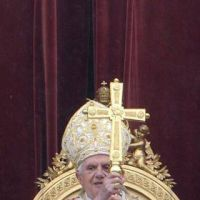 Benedicto XVI: ¿Mi programa de gobierno? «Escuchar a Dios»